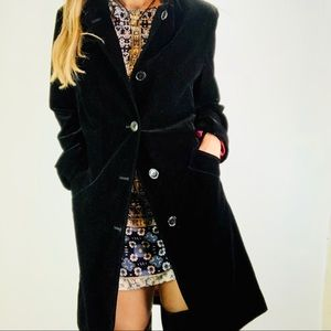 Gallery Sz M Trench Coat Black Velour lined